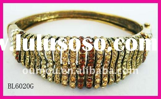 Timeless Crystal Bangle Spring Accessories Fashion Jewerly