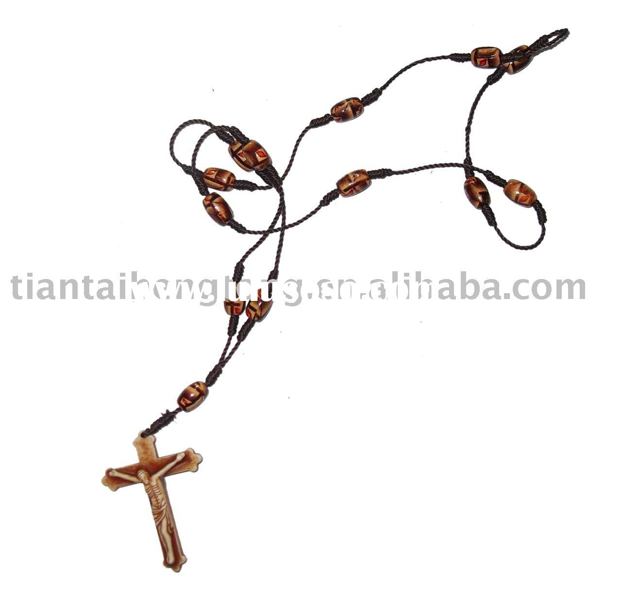bead jewelry,fashion jewelry,string jewelry,costume jewelry,cross necklace,crucifix necklace,wooden