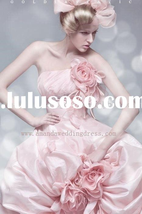 Designer wedding dresses 2011 designer wedding dresses for Designer brand wedding dresses