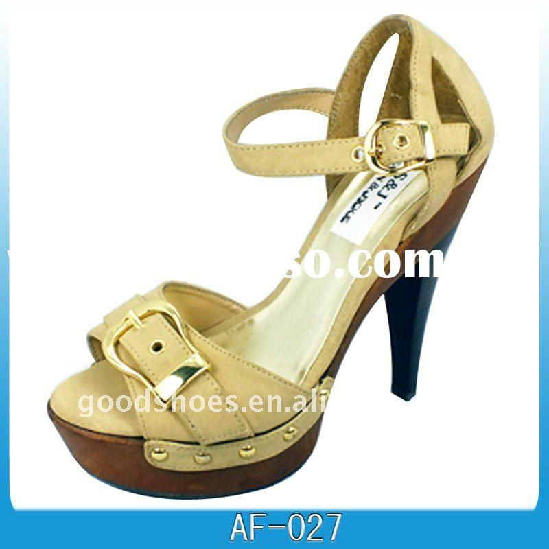 ladies-casual-shoe-and-sandals- (2