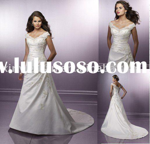 2011 Famous Designer Off-Shoulder Lace V-Neck ,Satin Applique Beading Wedding Dress LW-261