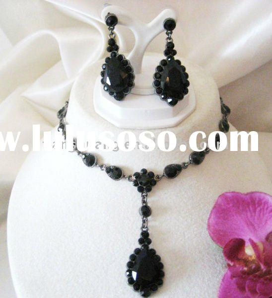Fashion black alloy necklace and earring set wholesale