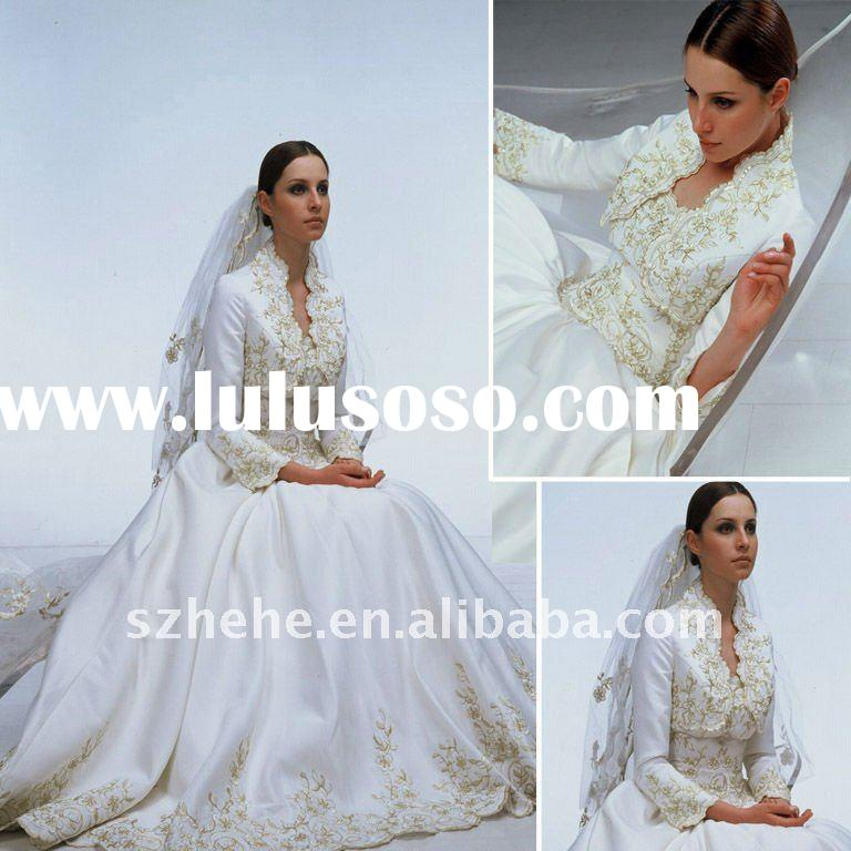 2012 Golden embroidery muslim wedding dress with long sleeves jacket