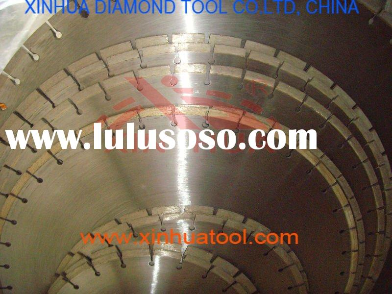 Diamond circular saw blade for stone