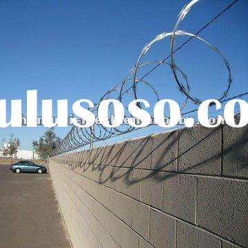 Hot dipped Galvanized Razor Barbed Wire Fence ( BTO&CBT type)