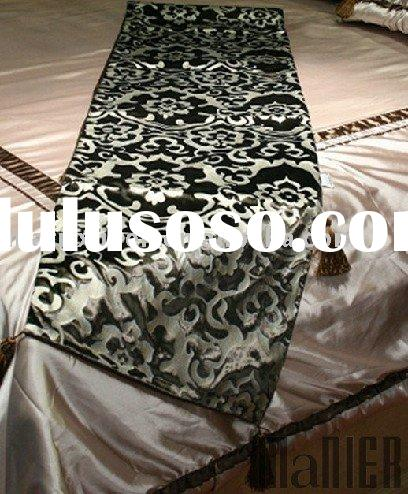 Hotel embroidered table runners
