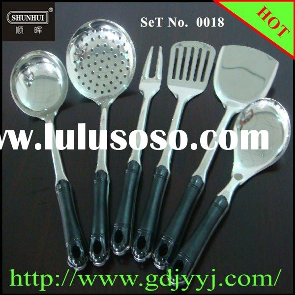 Mirror Polished Stainless Steel Cooking Accessories with a Bakelite Handle