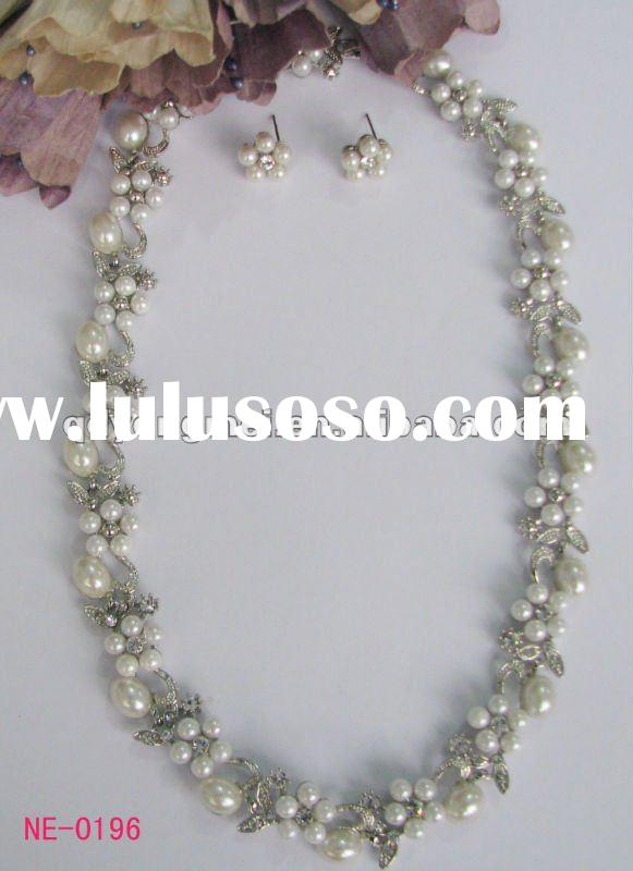 New designed silver plating flower shaped crystal rhinestone faux pearl neckalce wedding jewelry set