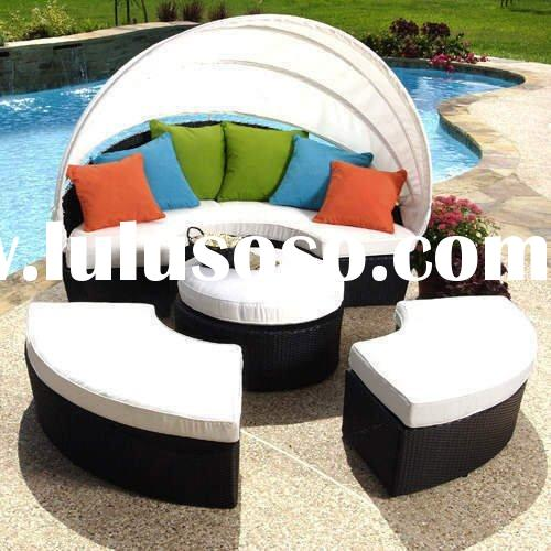Outdoor wicker furniture patio rattan round bed