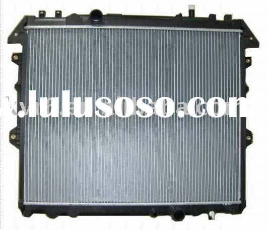 auto radiator: 16400-0L150, Core size: 525*658*26, Application: TOYOTA INNOVA '04 3.0 (D) TO