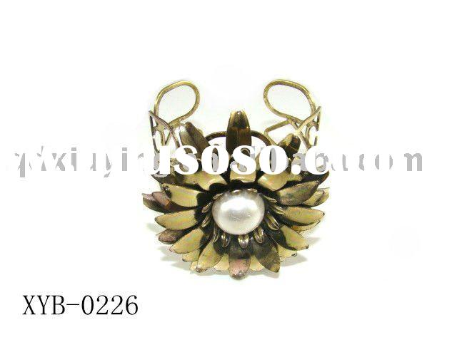 inspirational gold flower and pearl jewelry bangle