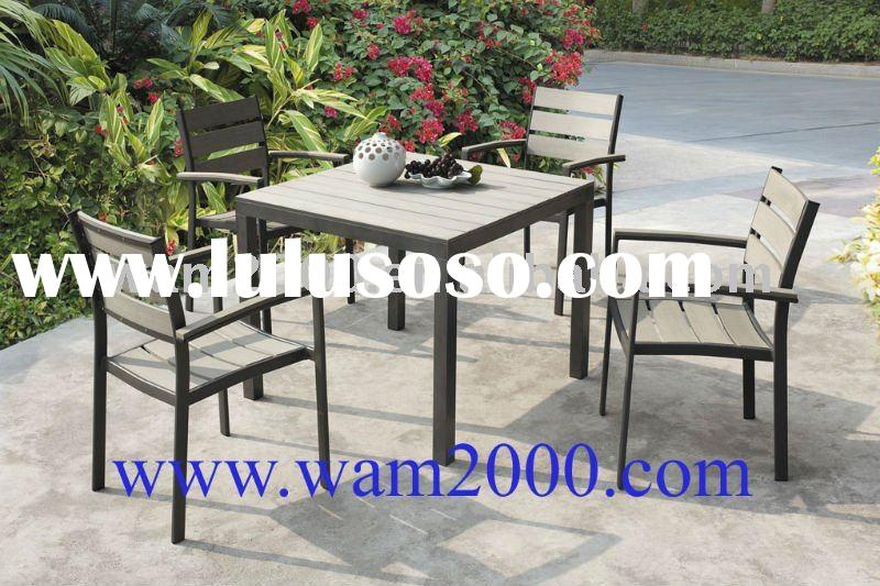 square plastic wood dining table and chairs for garden