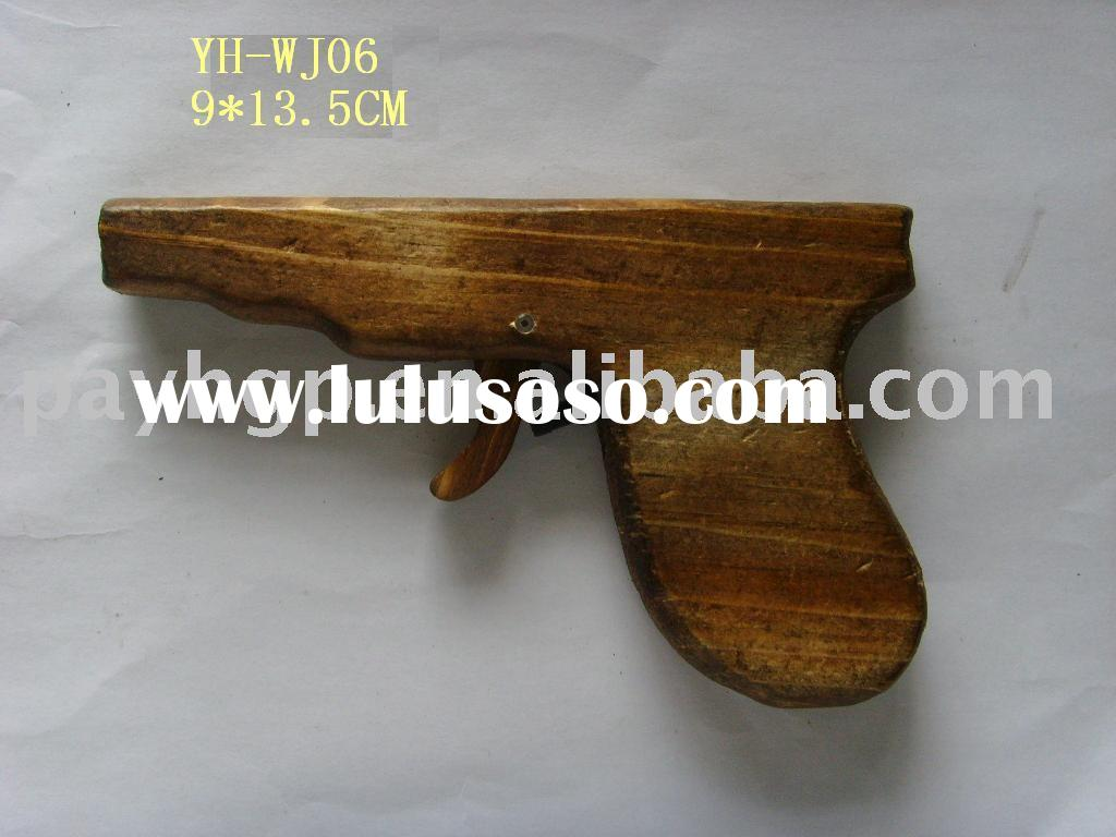 wooden child toys/wooden gun/wood crafts/house decoration/educational toy/crafts and gifts