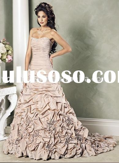 2012 off shoulder scoop neckline modern twist on the classic ball gown wedding dress (AG9051)