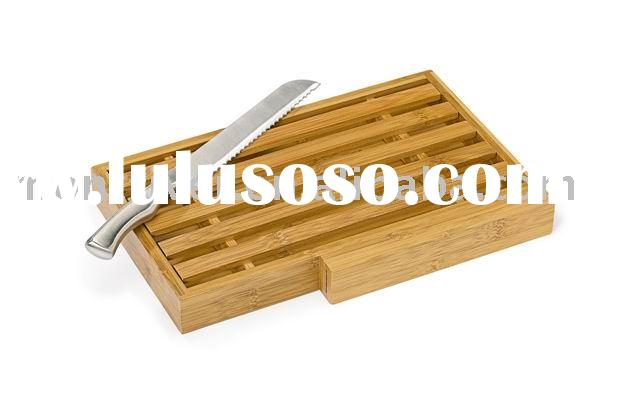 Bamboo BREAD BOARD WITH CRUMB CATCHER and knife