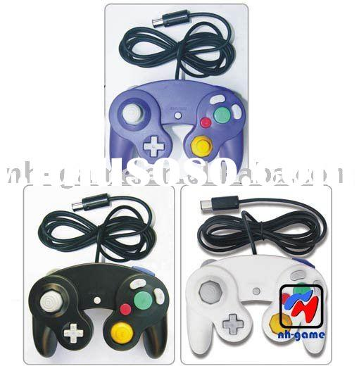 To answer a few common questions: YES, the GameCube Adapter works with any original GameCube Controller or third-party controller, including the knock-offs you find at GameStop.