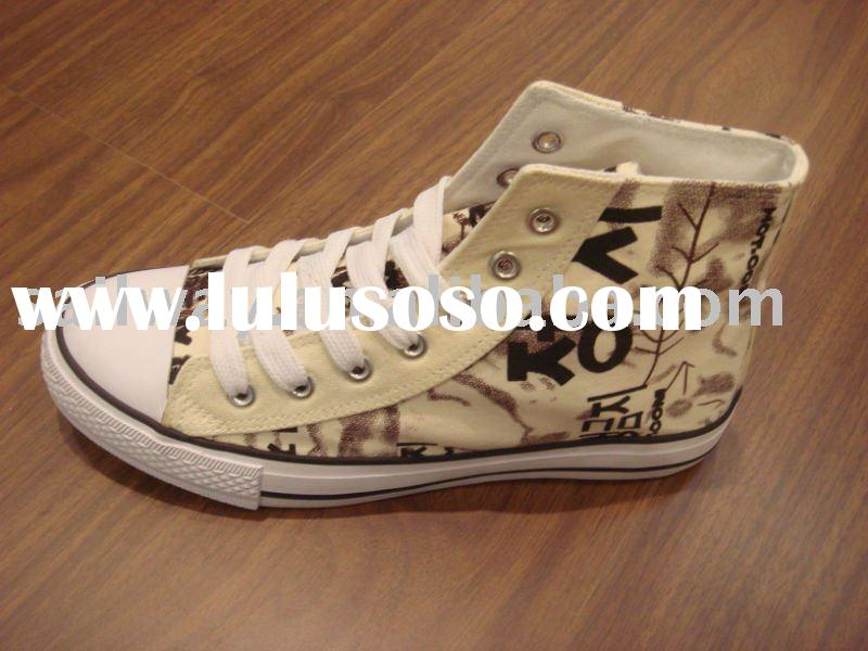High Top Korean Chatacter Printed Canvas Shoes with Vulcanized Rubber Outsole