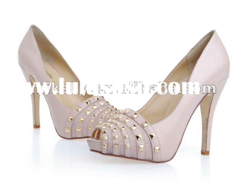 Collection of Dress Shoe for Working Women - Fashion & Trend