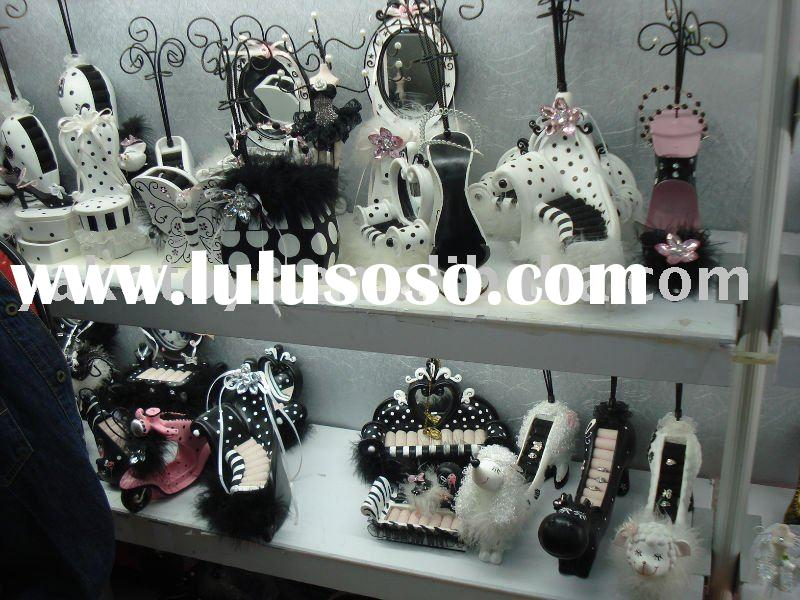 jewelry display / jewlery holders / jewelry boxes