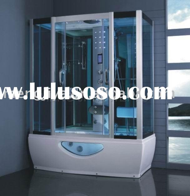 luxury shower cubicles/steam room with jacuzzi