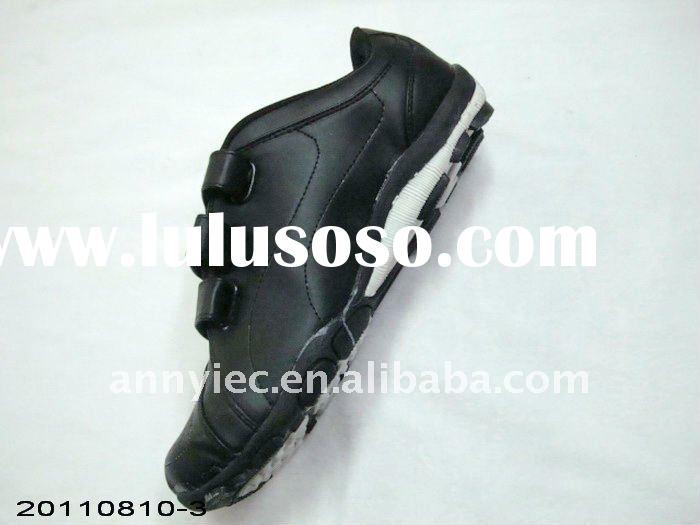 stock sport shoes from yiwu wholesale market