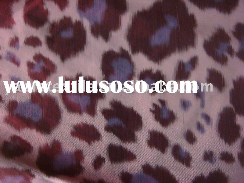 100% polyester leopard skin yarn-dyed memory fabric for garment