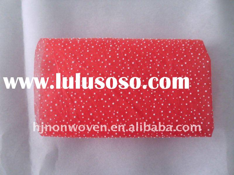 2012 fashion gift packaging and flower wrapping material/foamed non woven floral wrapping paper.
