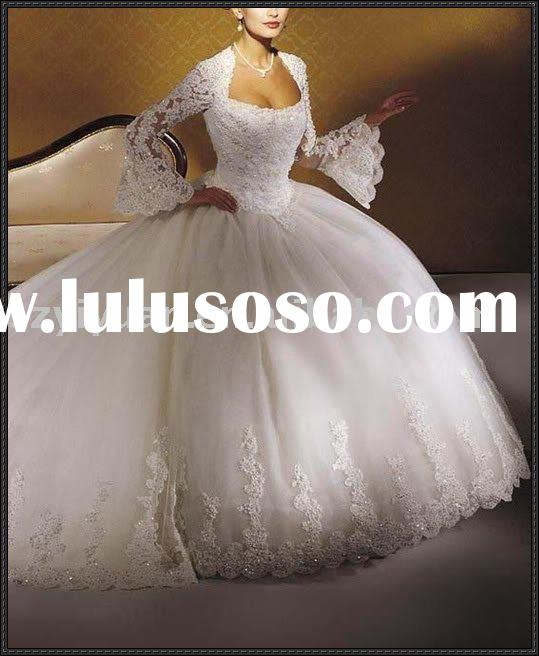 Beautiful white halter Bridal wedding dress with long train