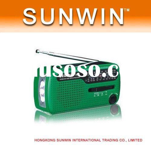 Degen DE13 FM AM SW Crank Solar Radio Receiver Crank Dynamo Radio With Mobile Phone Charger Flashlig