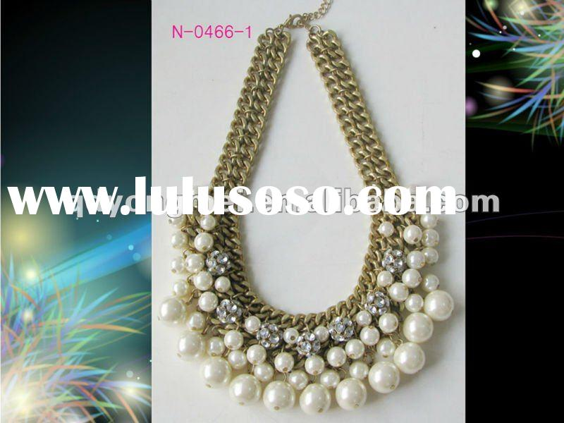 Fashion costume jewelry gold chunky chain diamond ball and white pearl necklace