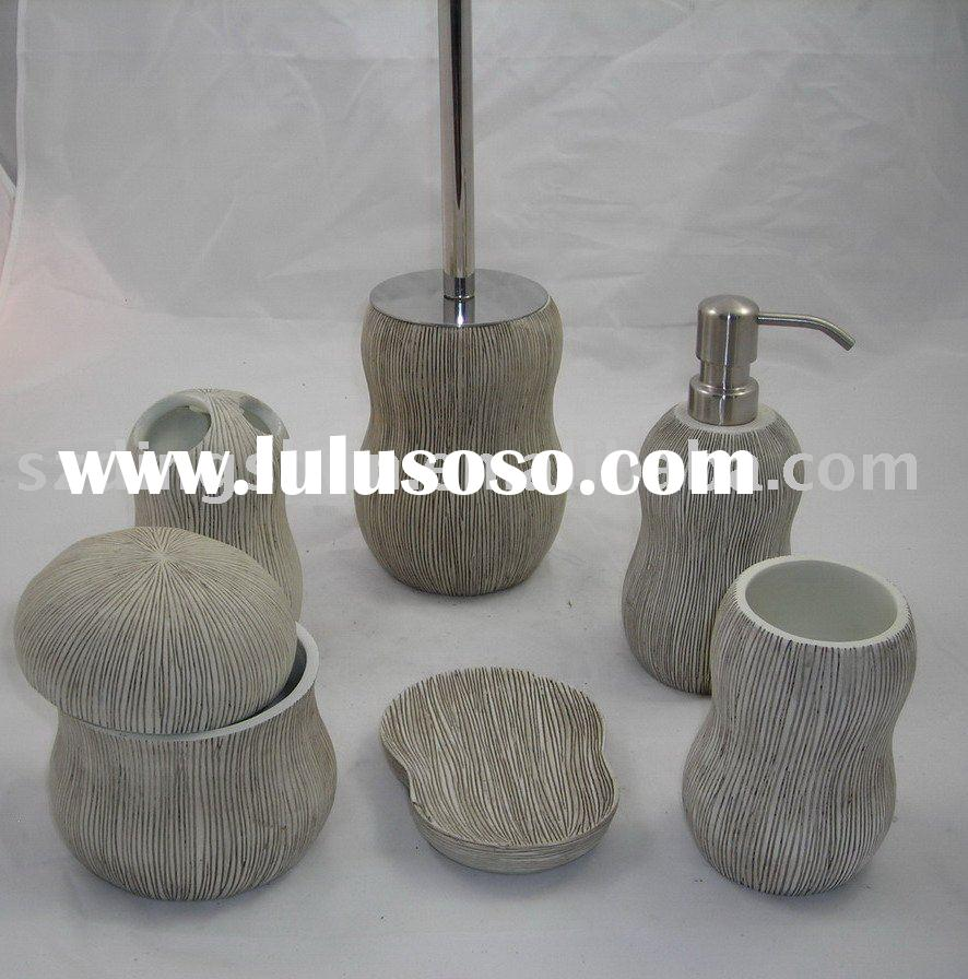 Grey and Wood texture Polyresin Bathroom Accessory set