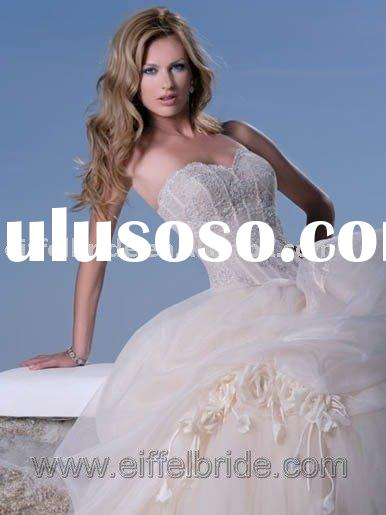 Sweetheart Stunning Organza Ball Gown Wedding Dress XH-09243