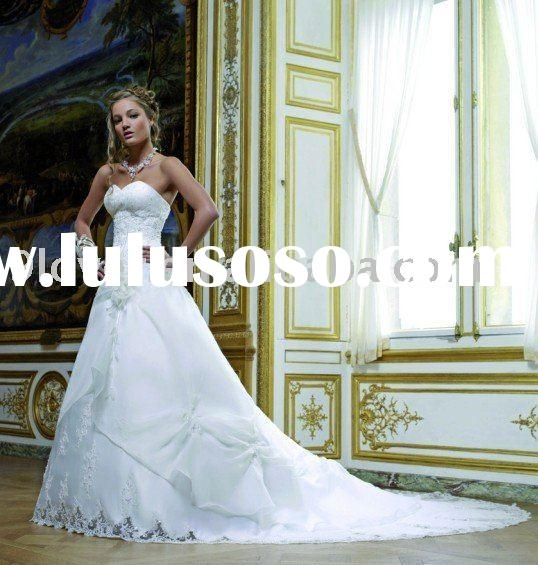 White Lace WD217 Vintage Wedding Dress