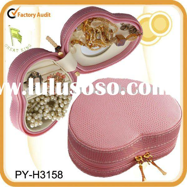 fashion travel leather jewelry box with heart shap