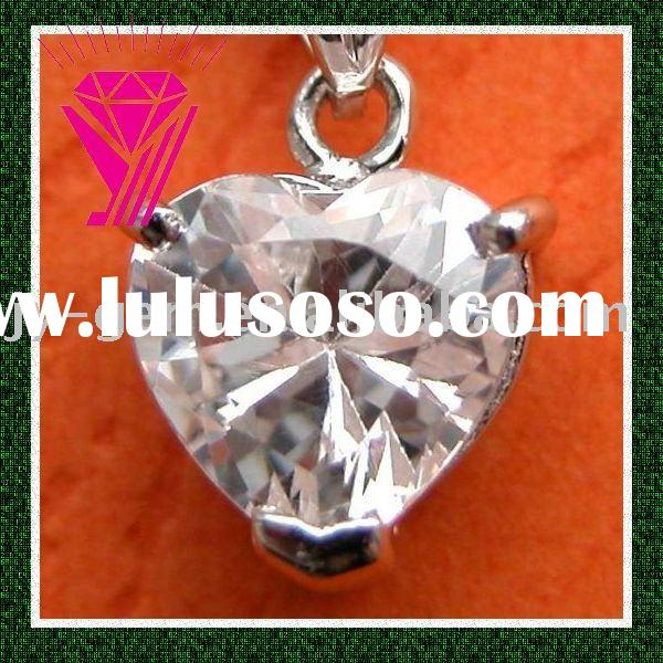 heart cut white cubic zirconia cz gemstone pendent