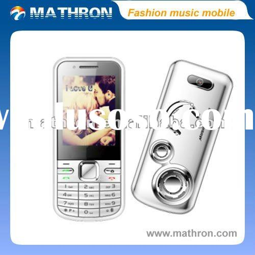 "2012 hottest M8 2.4 "" QVGA latest fashion music mobile phone, Delicately dual SIM dual standby"