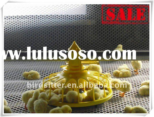 Automatic poultry equipment for broilers and chickens