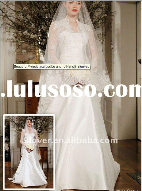 Beautiful V-neck wedding dress of lace bodice and full-length sleeves wedding dress
