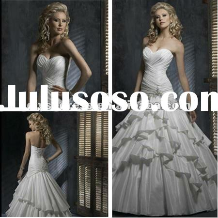 Fashionable Refine Ball Gown White Satin Beaded Wedding Dress