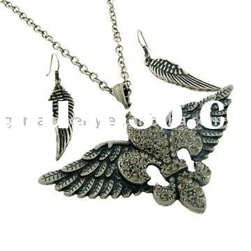 New Fashion Jewelry Set Fluer-de-lis With Angel Wing Jewelry Necklace and Earring Set