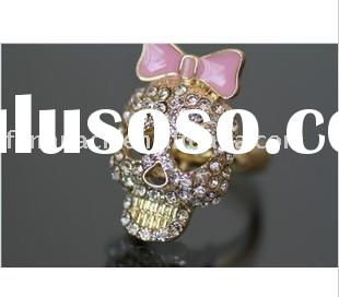 Sparkling sweet pink bow heart-shaped eye skull ring (white rhinestone)