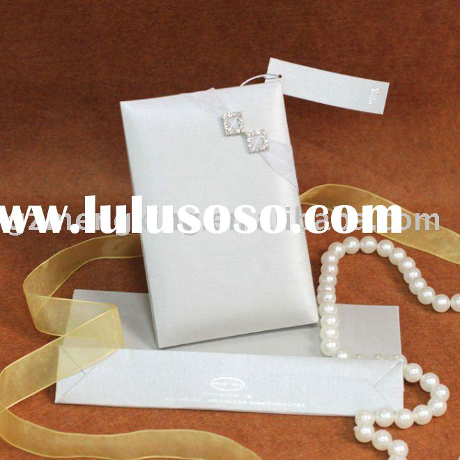 beautiful wedding card with brightly clasp/wedding invitation cards/handmade invitations-- T196