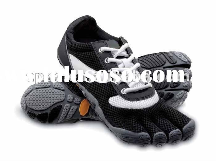 high quality sport training four finger shoes