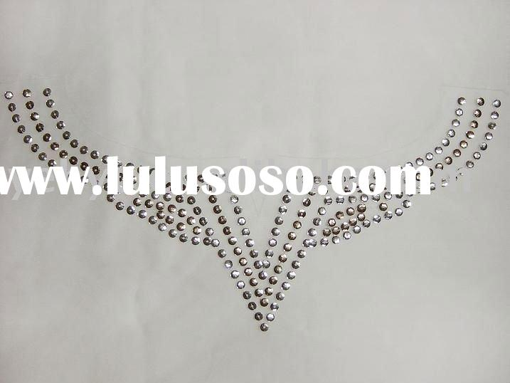 neck design of blouse sequin pattern