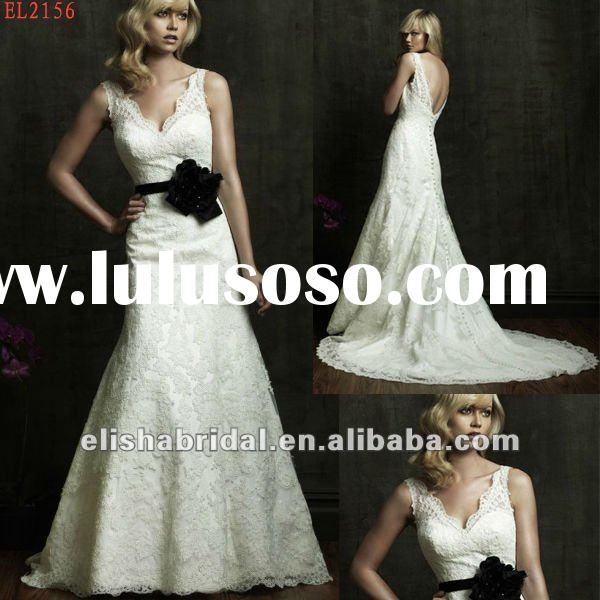 New Elegant V-neckline Long Train Low Back Ivory Black Lace Wedding Dress