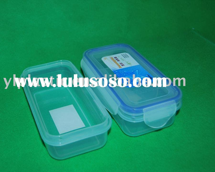 Plastic airtight food storage container