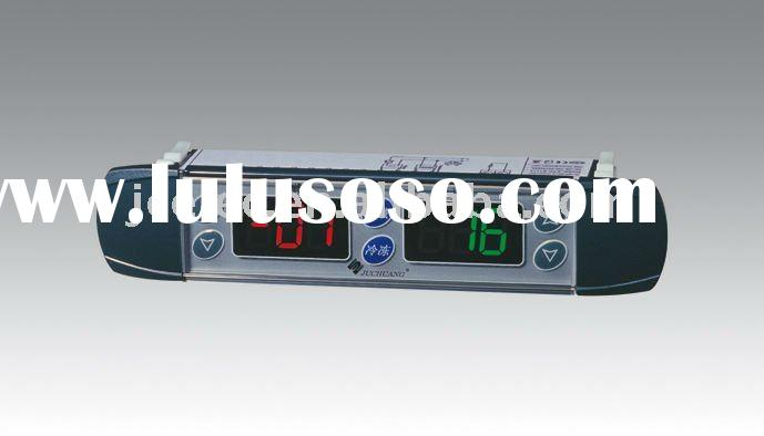 Digital temperature controller with double display