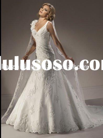 New arrival lace applique v-neck Bridal Gown wedding dress