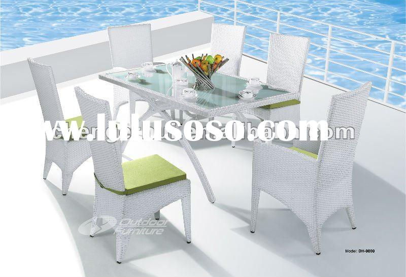 Outdoor wicker patio dining table and chair