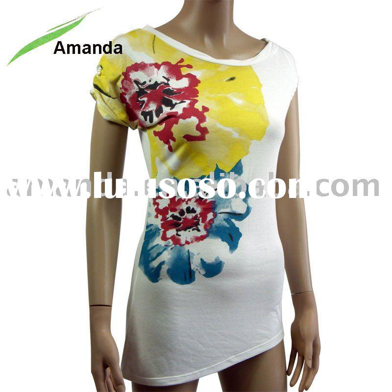 ladies fashion t-shirt with floral print